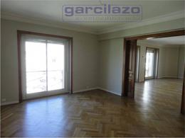 Foto Departamento en Alquiler en  Recoleta ,  Capital Federal  Av. Alvear al 1300