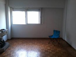 Foto Departamento en Venta en  Moron ,  G.B.A. Zona Oeste  Moron