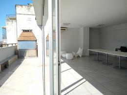 Foto Departamento en Alquiler temporario en  San Telmo ,  Capital Federal  Tacuarí al 1300