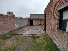 Foto Local en Venta en  Trelew ,  Chubut  H. Yrigoyen al 2200