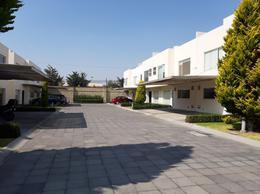 Foto Casa en condominio en Renta en  Bellavista,  Metepec  Casa en Venta en Bosques de Sauces Metepec