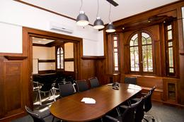 Foto Oficina en Alquiler en  Pocitos ,  Montevideo  IMPORTANTE CASONA EQUIPADA PARA EMPRESAS.