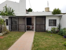 Foto Casa en Venta en  Villa Ballester,  General San Martin  Profesor Simon al 1300 e/Emilio Zola y Villarroel