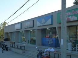 Foto Local en Venta | Alquiler en  Villa California,  San Jose Del Rincon  Ruta 1 km 4,5
