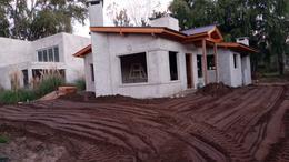 Foto Casa en Venta en  Costa Del Este ,  Costa Atlantica  Los Cedros 1028