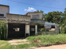 Foto Casa en Venta en  Cañuelas ,  G.B.A. Zona Sur  Avenida Vicente Casares al 1300
