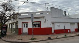 Foto Casa en Venta en  Rio Cuarto,  Rio Cuarto  Buenos Aires al 1600