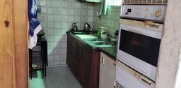 Foto Casa en Venta en  Mataderos ,  Capital Federal  Andalgalá al 2000 Casa en mataderos multifamiliar, 3 departamentos más fondo libre sobre lote de 35 de largo