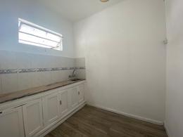 Foto Apartamento en Alquiler en  Aguada ,  Montevideo  Republica al 2200
