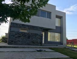 Foto Casa en Venta en  Tipas,  Nordelta  Las Tipas
