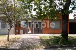 Foto Casa en Venta en  Alberdi,  Rosario  Darregueira al 1600