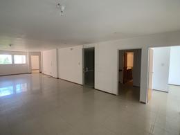 Foto Oficina en Venta | Alquiler en  Centro,  Cordoba  Simon Bolivar 380