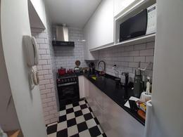 Foto PH en Venta en  Abasto,  Rosario  Casa de pasillo en PH -  Reciclado 100%  - Entre Rios 2182 - Abasto
