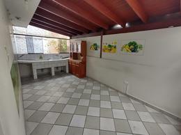 Foto Departamento en Alquiler en  Santiago de Surco,  Lima  Pasaje Tunsho Urb La Virreyna, San Roque