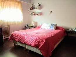 Foto Casa en Venta en  Martinez,  San Isidro  NECOCHEA 1400