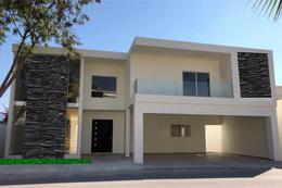 Foto Casa en Venta en  Monterrey ,  Nuevo León  CASA EN VENTA EN CARRETERA NACIONAL FRACC.  PRIVADO BOSQUES DE MISIONES