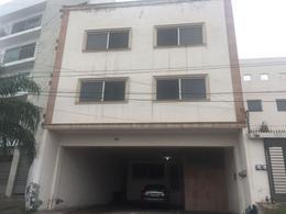 Foto Edificio Comercial en Venta en  Cumbres 5to Sector,  Monterrey  Cumbres 5 Sector