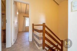 Foto Departamento en Alquiler temporario en  Duplex,  Pinamar  Dorado 1056 Unidad N°1