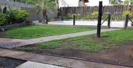 Foto Casa en Venta en  Villa Gobernador Udaondo,  Ituzaingo  Udaondo al 4200
