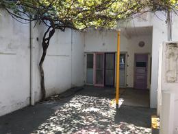 Foto Casa en Alquiler en  Monte Grande,  Esteban Echeverria  Las Heras al 100