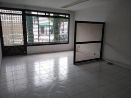 Foto Casa en Renta en  Los Pirules,  Tlalnepantla de Baz  Casa en Renta con uso de suelo en Fracc. Los Pirules Tlalnepantla