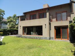 Foto Casa en Venta en  Acas.-Libert./Solis,  Acassuso  Jose C Paz al 1200
