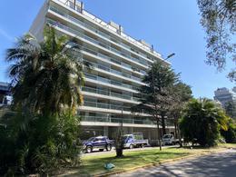 Foto Departamento en Venta en  Olivos,  Vicente Lopez  Solis al 2200