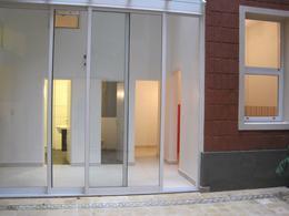 Foto Oficina en Venta | Alquiler en  Recoleta ,  Capital Federal  Libertad al 1000