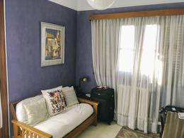 Foto Casa en Venta en  La Lucila-Libert./Rio,  La Lucila  Franco al 300