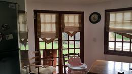Foto Casa en Venta en  Manuel B Gonnet,  La Plata  calle 505 e/ 18 y 19