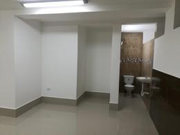 Foto Local en Alquiler en  Quito ,  Pichincha  LOCAL DE ARRIENDO - TUFIÑO Y REAL AUDIENCIA -  108 M2