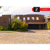 Foto Casa en Venta en  Villa Nueva De Guaymallen,  Guaymallen  Barrio Del Pilar - Guaymallen