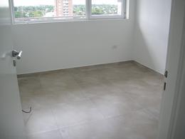 Foto Departamento en Venta en  Esc.-Centro,  Belen De Escobar  Asborno 642 - 8° C