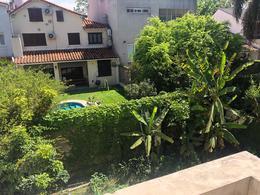Foto Casa en Venta en  La Lucila-Vias/Libert.,  La Lucila  Mariano moreno al al 400