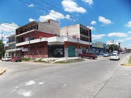 Foto Local en Alquiler en  El Jaguel,  Esteban Echeverria  D. Rocha 2600