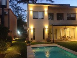 Foto Casa en  en  Barrio Parque Leloir,  Ituzaingo  Repetto al 2300