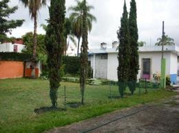 Foto Terreno en Venta en  Cuauhtémoc,  Cuernavaca  Terreno Comercial en Av. Principal Zona Céntrica