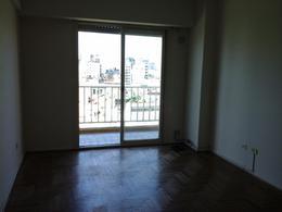 Foto Departamento en Venta en  Balvanera ,  Capital Federal  Todo luz y sol, amplio 2 ambientes con balcón . a metros del Subte