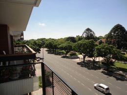 Foto Departamento en Venta en  Barrio Norte ,  Capital Federal  Av. Figueroa Alcorta y Cavia, 4 Piso