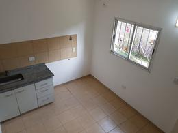 Foto thumbnail Departamento en Alquiler en  Villa Anita,  Moreno  Dpto. Nº19 - El Salvador al 2300 - Moreno - Lado Norte