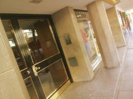 Foto Departamento en Venta en  Barrio Norte ,  Capital Federal  montevideo al 1700