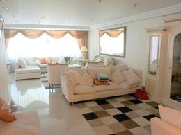 Foto Casa en Venta | Alquiler en  Martinez,  San Isidro  ARENALES al 1600