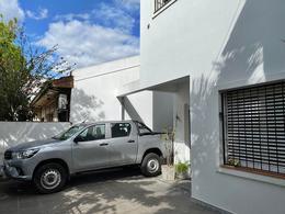 Foto Casa en Venta en  Mart.-Santa Fe/Fleming,  Martinez  Córdoba al 200