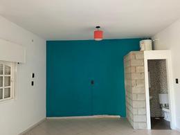 Foto Oficina en Alquiler en  Castelar,  Moron  Castelar