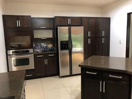 Foto Casa en condominio en Venta   Renta en  Piedades,  Santa Ana  Santa Ana/ Lujo y Confort/ Exclusivo Condominio/ Seguridad/ Amenidades