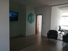 Foto Oficina en Venta en  Centro (Montevideo),  Montevideo  Colonia 800
