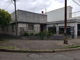 Foto Casa en Venta en  Azcuenaga,  Rosario  ZAPIOLA al 5500