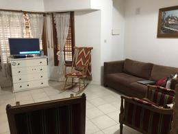 Foto Casa en Venta en  Esc.-Centro,  Belen De Escobar  San Lorenzo 475