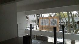 Foto Local en Alquiler en  Punta Chica,  San Fernando  Av. Del Libertador 3459, Punta Chica