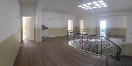 Foto Casa en Alquiler en  Quito ,  Pichincha  AV.  COLÓN - 6 DE DICIEMBRE, CASA DE RENTA DE 1.000 m2